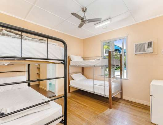 4 bed dorm Civic Guest House Townsville
