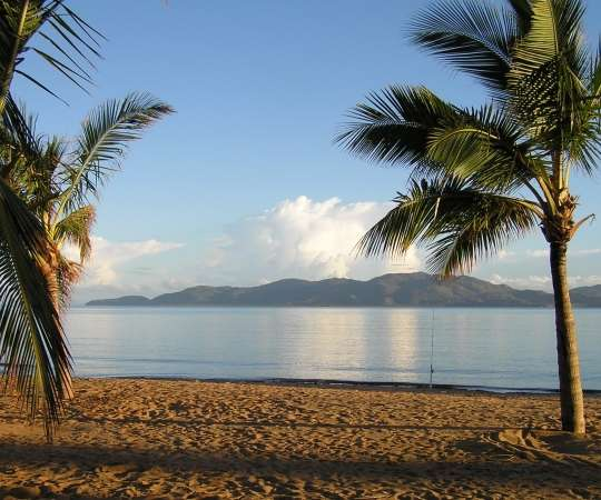 2 Nights @ Civic Guest House with Magnetic Island trip